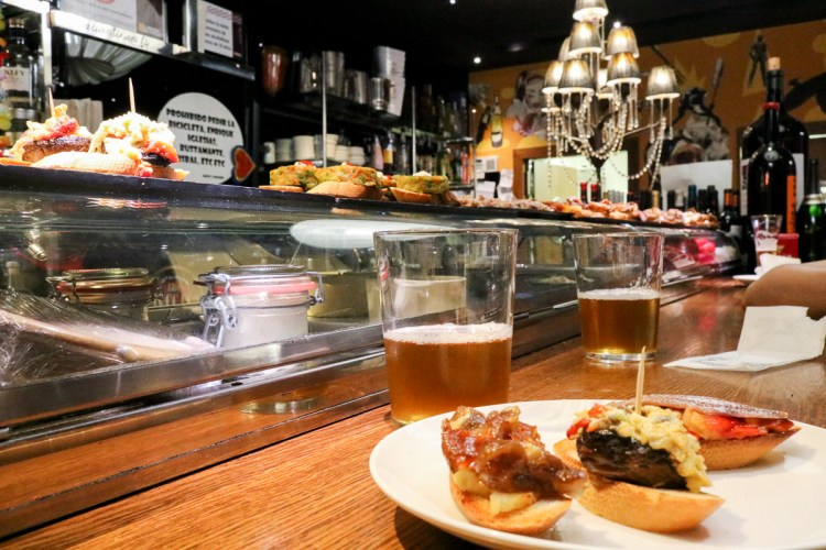 薩拉戈薩美食活動Juepincho續攤酒吧之夜西班牙僅此一區