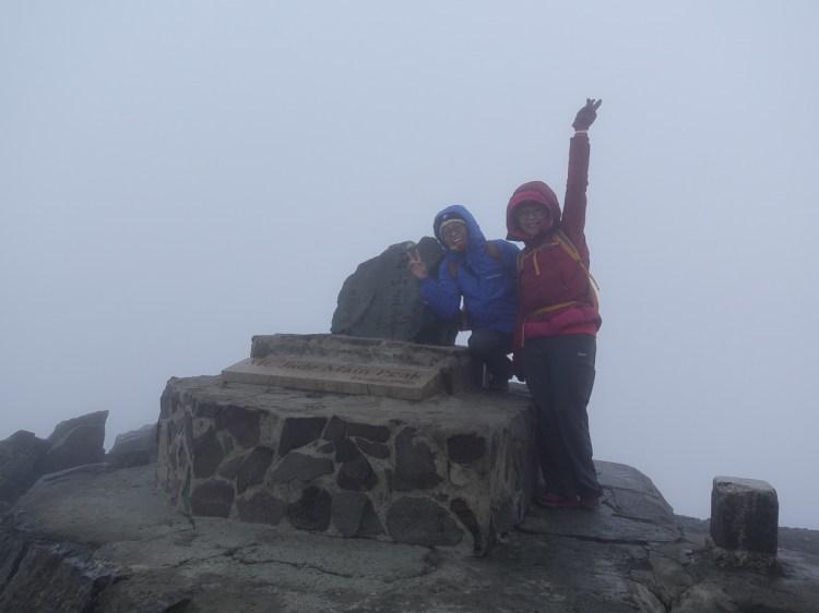 百岳新手玉山主峰兩天兩夜行程日記 Day2 摸黑登頂的人生大事
