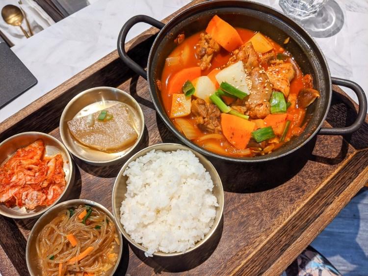 內湖韓式料理輪流請客 捷運西湖聚餐商業午餐生意好翻天