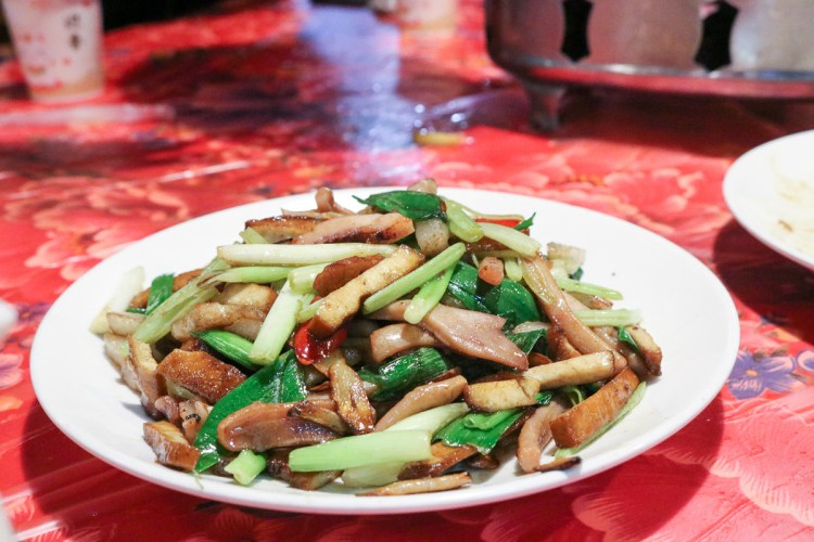 苗栗頭份牛欄窩餐廳 加里山下山大吃客家美食