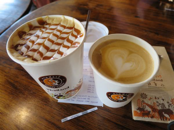 泰國清邁。Wawee Coffee。考慮去星巴克不如來這?!