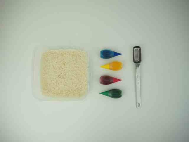 染出彩色米 材料 食用色素 醋