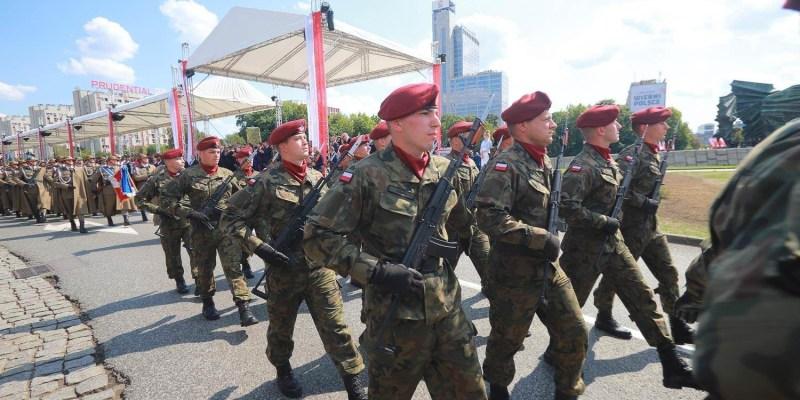 【波蘭生活】815波蘭軍人節 真是每個都帥到掉渣啊!