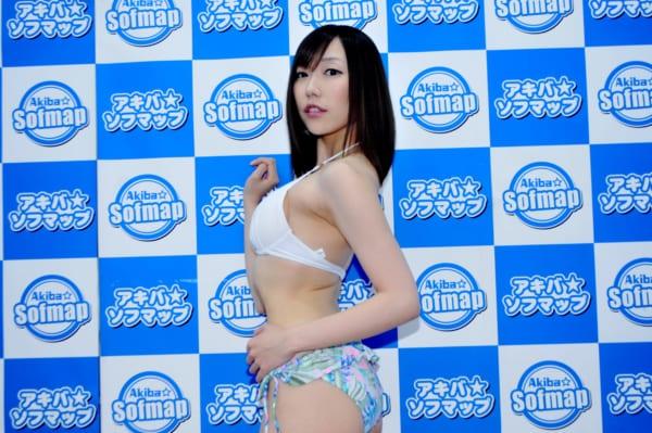 七碧ティナ