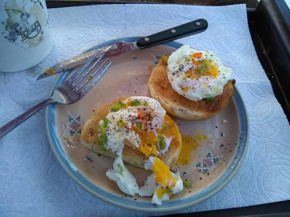 simple microwave poached eggs