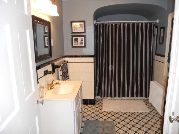 1940s Bathroom Design