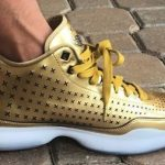 "11月6日発売予定 KOBE X MID EXT""METALLIC GOLD"""