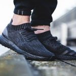 国内1月18日発売予定 ADIDAS ULTRA BOOST Uncaged CL TRIPLE BLACK