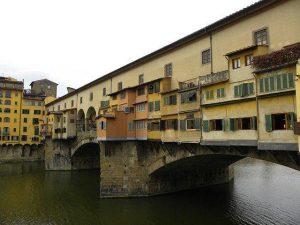 佛羅倫薩老橋,城市商業財富的象徵 (Pixabay)
