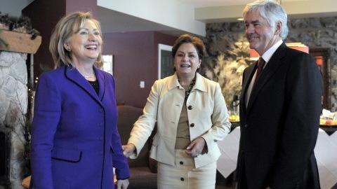 De gauche à droite, Hillary Clinton, Patricia Espinosa et Lawrence Cannon.