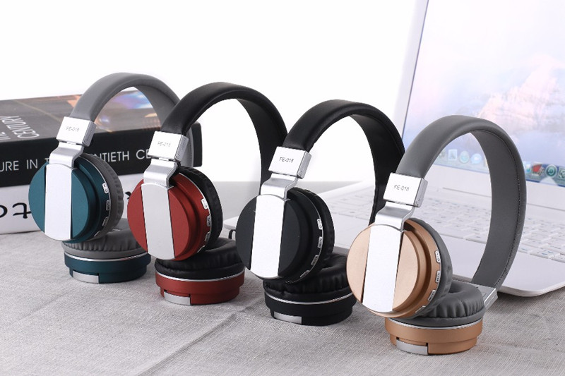 FE-018 Portable Foldable FM Radio 3.5mm NFC Bluetooth Headphone Headset with Mic for Mobile Phone 16