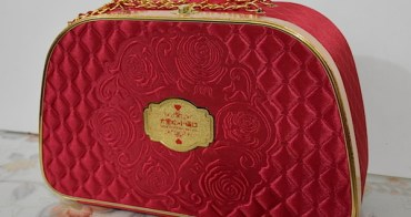 【大黑松小倆口】玫瑰花園喜餅禮盒,傳遞微甜不膩的結婚禮盒好選擇
