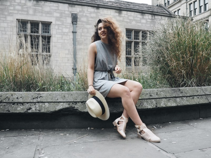 WTW | The grey T dress
