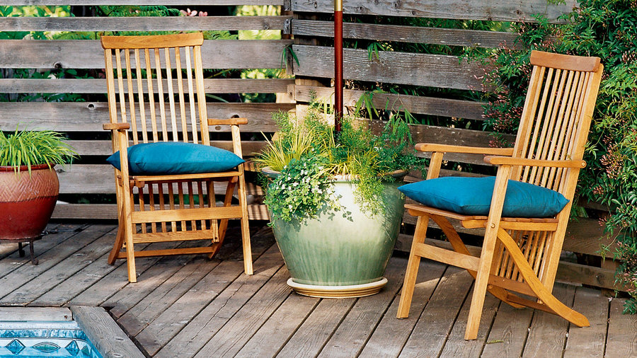 planter umbrella stand sunset magazine