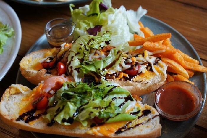 【台中。美食】Café O'bon 歐棒咖啡台中美食餐廳、台中咖啡館,太原綠園道旁從早餐供應到宵夜。