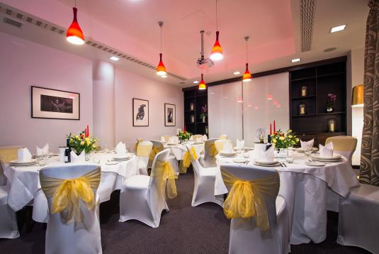 Book The Samuel Room At Chiswell Street Dining Rooms Tagvenue