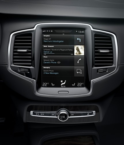 android_auto_volvo_car_intro_2