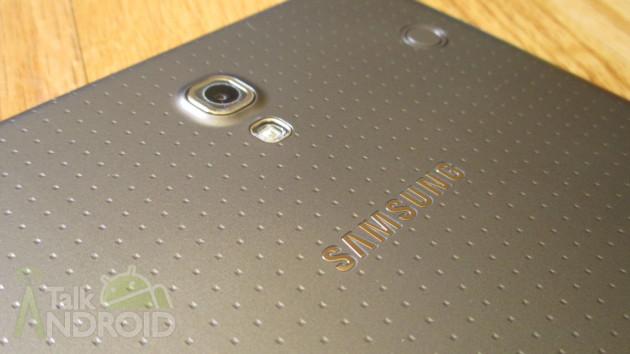 Samsung_Galaxy_Tab_S_8.4_Back_Slanted_Camera_Samsung_Logo_TA