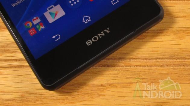 Sony_Xperia_Z3v_Front_Lower_Sony_Logo_TA