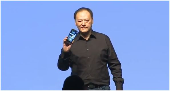 Peter_Chou_Announcing_HTC_One_M9_01