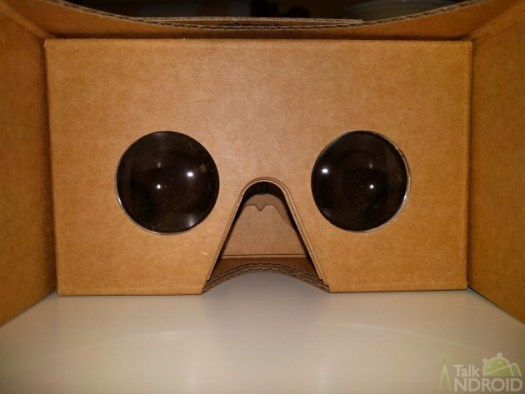 google_cardboard_viewer_inside_TA