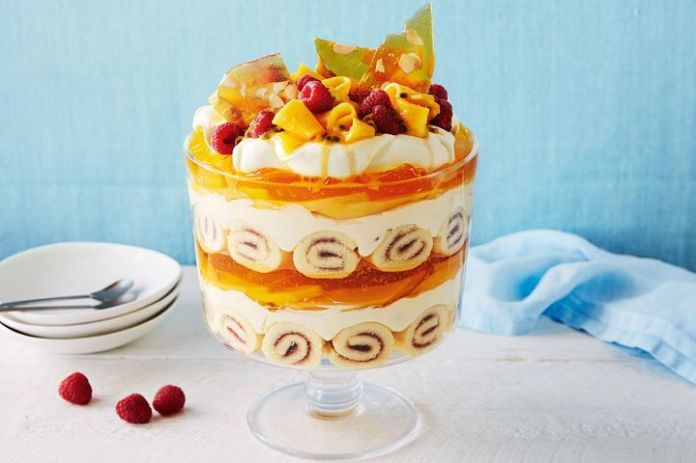 Mango and passionfruit cheesecake trifle