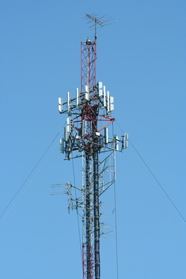 Types Of Cell Towers Techwalla Com