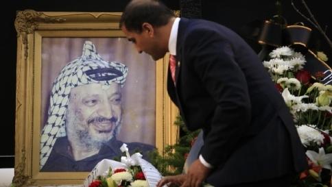 """Arafat, rapporto degli esperti svizzeri: """"Quasi certo avvelenamento polonio"""""""