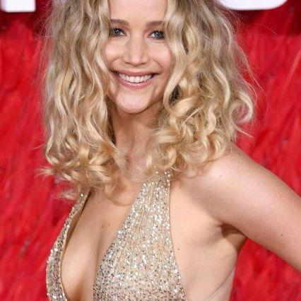 Jennifer Lawrence soon to the altar with a gallery owner, has her a ring with a diamond