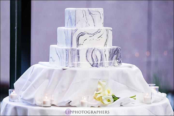 Square Wedding Cakes To Choose From For Your BIG Day