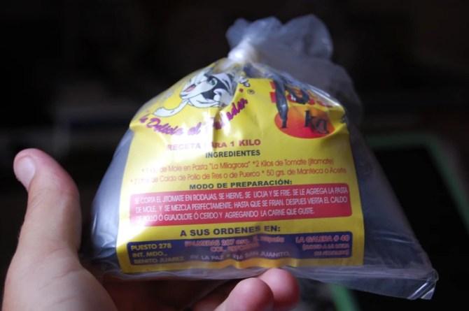 Pre-packaged mole powder | © Christopher Holden/Flickr