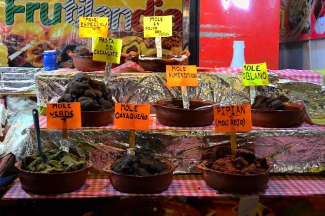 Mole pastes   © David Boté Estrada/Flickr