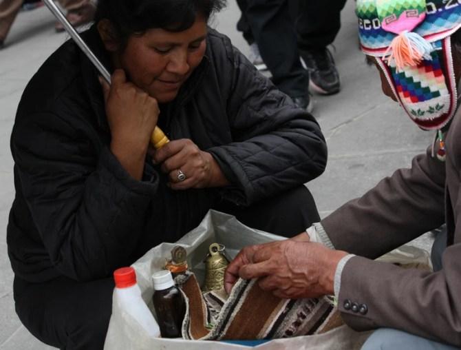 Consultanță Yatiri cu femeia Boliviană