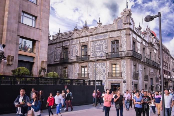 Caminar por la ciudad de México nunca es una mala idea