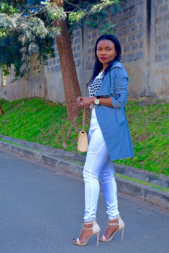 grey lightweight trench coat outfit 3