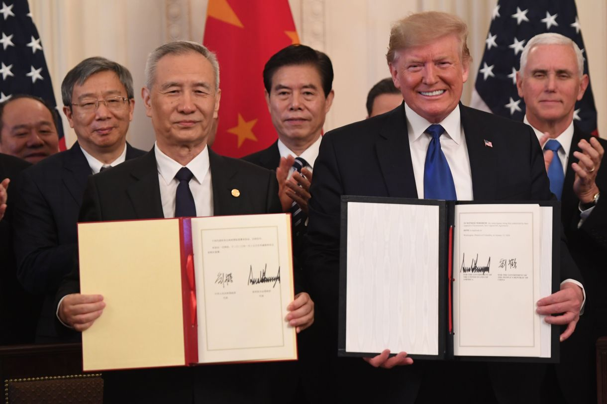 Chinese Vice Premier Liu He and U.S. President Donald Trump