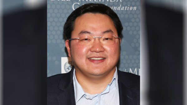 Jho Low attends the 2014 So<a href=https://www.theepochtimes.com/doj-fines-woman-3-million-over-attempts-to-lobby-trump-admin-into-dropping-1mdb-probe_3483308.html>Read More – Source</a></p><div id=