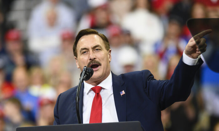Mike Lindell, CEO of MyPillow, speaks during a campaign rally held by U.S. President Donald Trump in Minneapolis, Minnesota, on Oct. 10, 2019. (Stephen Maturen/Getty Images)