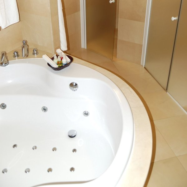 Cleaning Bath Tub Jets ThriftyFun