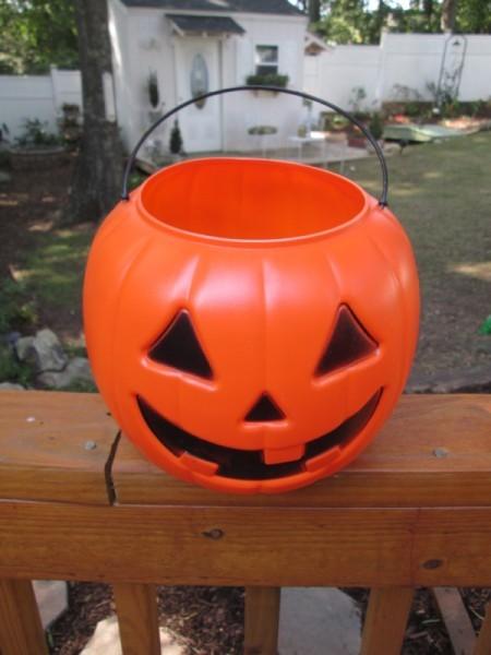 Giving Plastic Pumpkins A Stone Look Thriftyfun