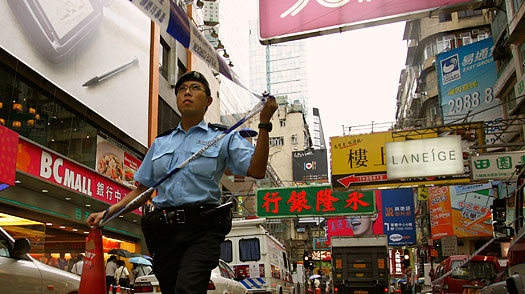 Acid Attacks Have Hong Kongs Busiest Zone on Edge