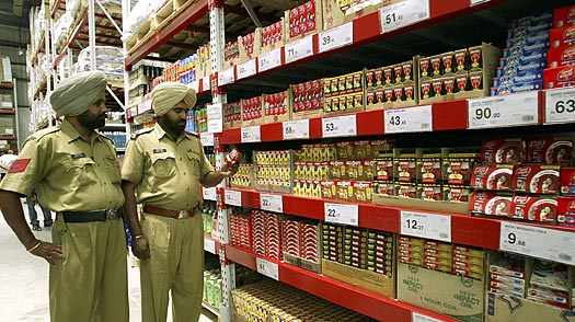 A Visit to Indias First Wal-Mart (a.k.a. Best Price)