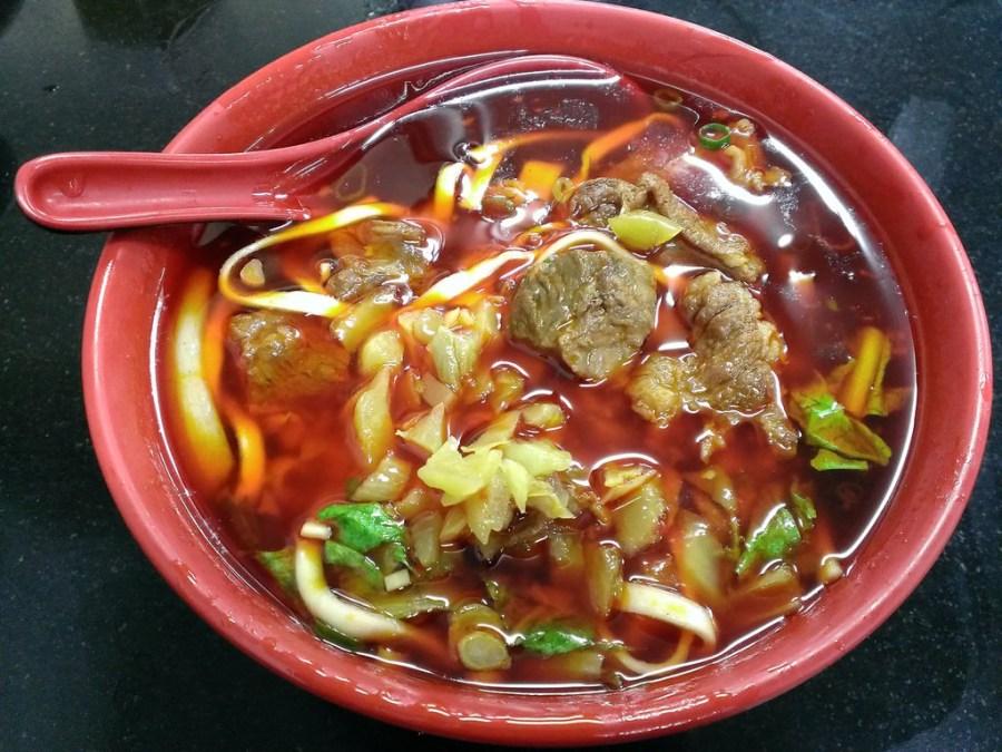 [竹東]莊記牛肉麵館-重口味紅燒牛肉麵–踢小米食記