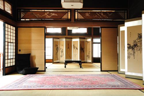 (旧)岡川薬局/客室