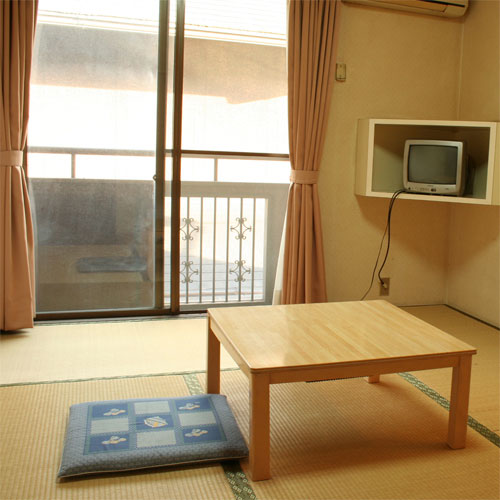 ビジネス旅館 新開荘/客室