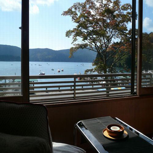 芦ノ湖温泉 嶽影楼 松坂屋旅館/客室