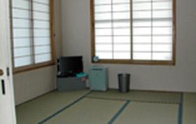 ライダーハウスルート242/客室