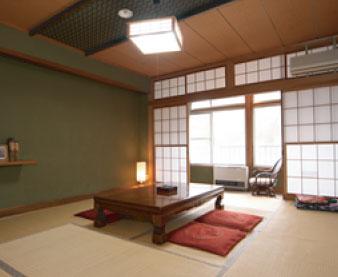 三十苅荘/客室