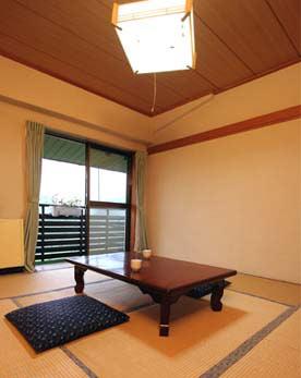 ルーバン山田/客室