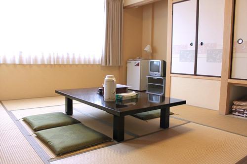 丸浅旅館/客室